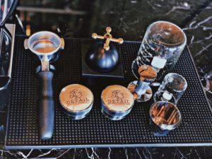 ร้านกาแฟ ลาว